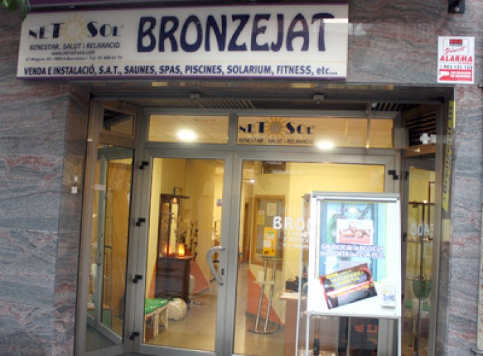 Centre de bronzejat a Nou Barris